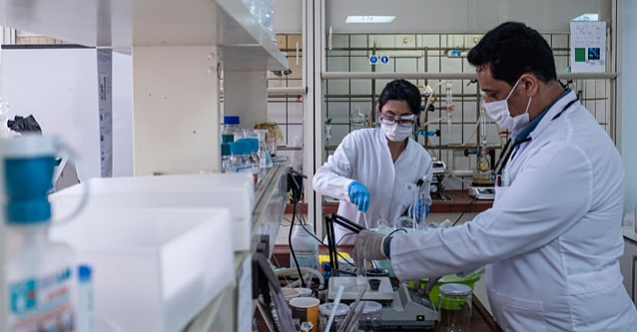 Koronavirüs tedavisinde dışa bağımlılığı bitirecek ilacın üretimi 'resmen' başladı