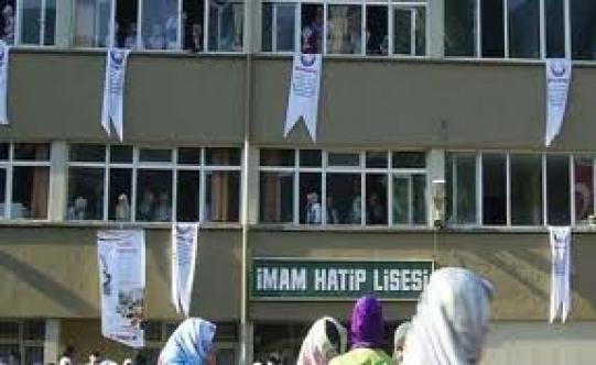 YKS'de ilk yüze 32 imam hatipli öğrenci girdi