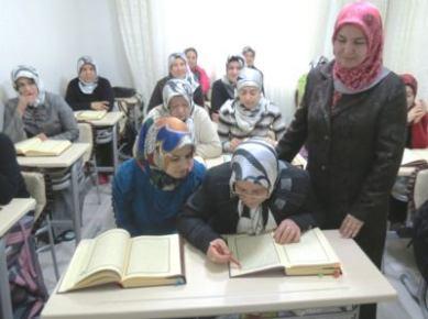 40'ından sonra Kur'an okumayı öğrendiler