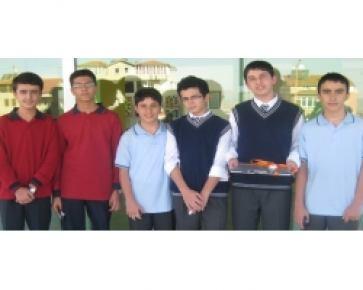 Altınbaşak Lisesi, dereceye giren öğrencilerini ödüllendirdi