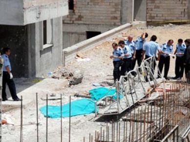 İskenderun'da okul inşaatında göçük meydana geldi...
