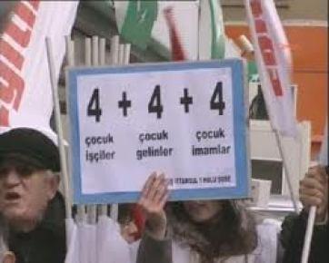 Kadıköy'de 4+4+4 Protestosu