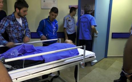 Kartal'da 4 öğrenci yıldırım düşmesi sonucu yaralandı