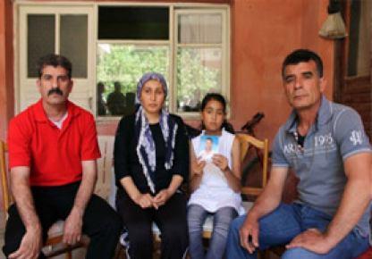 Kayıp 2 Türk'ün otomobilini Esed'in askerleri kullanıyor