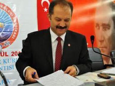 'LYS'Ye Çeyrek Kala Darbe'
