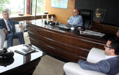 Milletvekili Demir, eğitime destek veren Yeşilyurt'a teşekkür etti