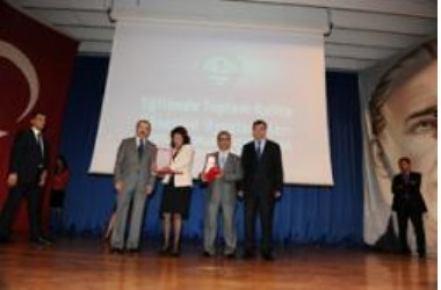 Muş Merkez Kız Yatılı İlköğretim Bölge Okulu Türkiye 2.si