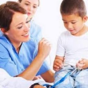 Okullarda hemşire dönemi