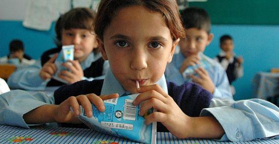 Okul öncesinden 5. sınıfa tüm Öğrencilere Her Gün Süt Dağıtılacak.