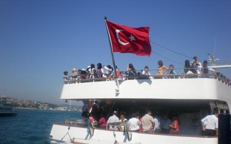 Türkçe sevdalıları boğaz turuna çıktı