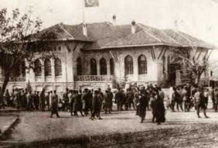 Türkiye Büyük Millet Meclisi, 92 yıl önce açıldı