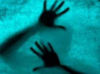 YİBO'da tecavüz skandalı.