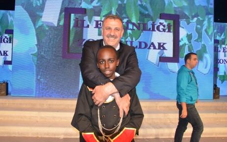 Zonguldak'ta Türkçe coşkusu- Toptan: Bu bir destan
