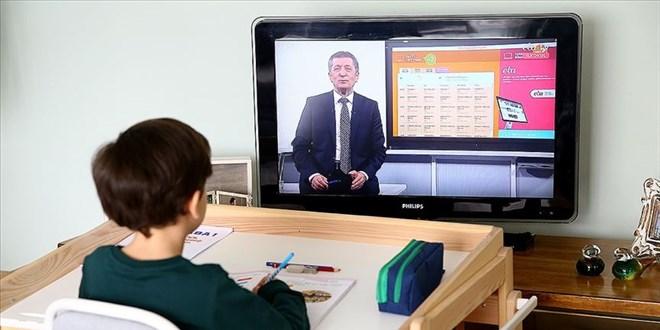 18,5 milyon öğrencinin eğitiminde dijital dönüşüm yaşandı