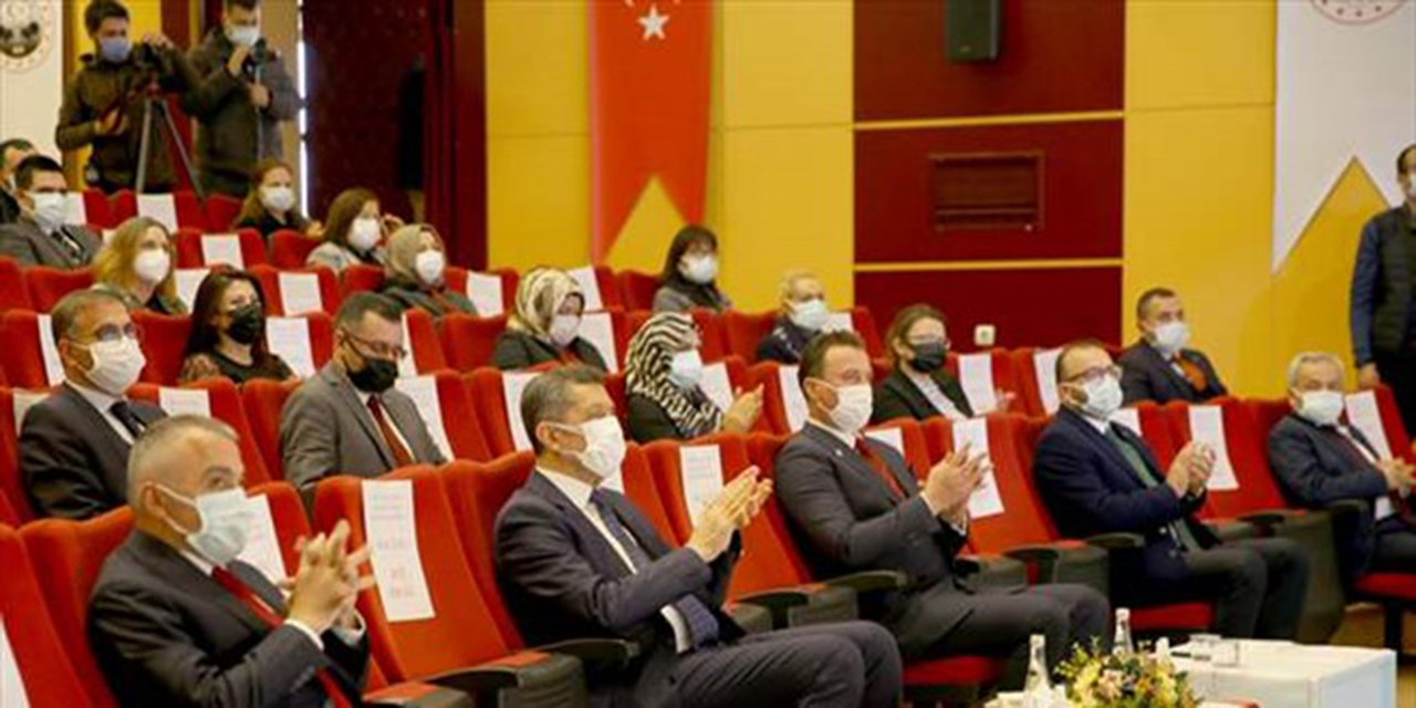Milli Eğitim Bakanı Selçuk, Kırklareli'nde öğretmenlerle buluştu