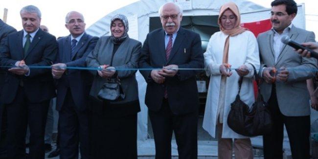 Bakan Avcı, Türkiye'nin ilk 'Göç Okulu'nu eğitime açtı