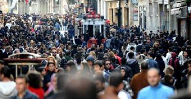 Kamu ve özeldeki 1 milyon 482 bin 690 işçi kadrosuz