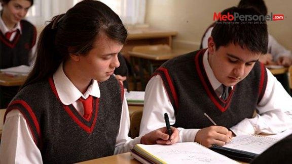 Liselerde ikinci dönem nakilleri 28 Ağustos'ta bitiyor