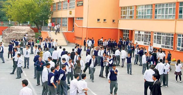 MEB'den sınıfını geçemeyen öğrenciler hakkında açıklama