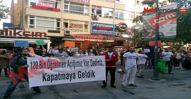 Atama Bekleyen Öğretmenler MEB Önünde
