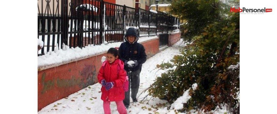Ardahan Ve Rize'de Okula Yağış Tatili