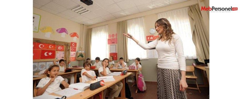 Öğretmenlere Trenlerde % 50 İndirim Müjdesi