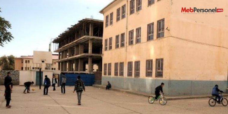 Silvan'da sınıflar boş kaldı