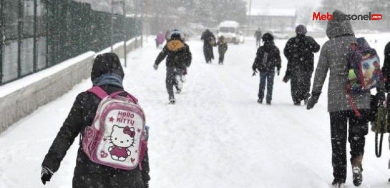 Ankara dahil 7 ilde okullara kar tatili