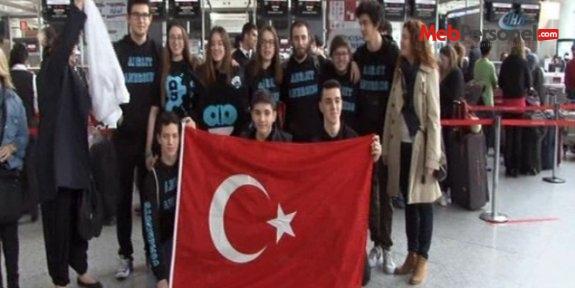 Türk öğrencilerin robotu ABD'de yarışacak