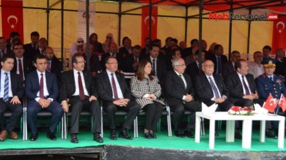 Bakan Avcı, Büyük Türk Düşünürü Yunus Emre'yi Anma Programına Katıldı