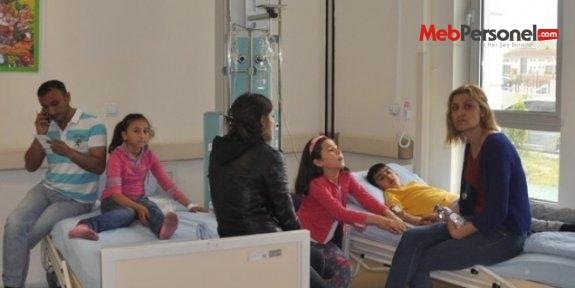 Okulda dağıtılan sütü içen öğrenciler hastaneye kaldırıldı