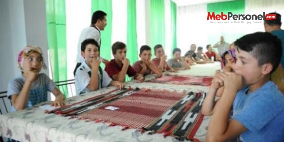 Bursa'da 20 ilkokul öğrencisi 'kuş dili eğitimi' alıyor