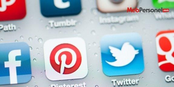 Darbeyi öven sosya medya paylaşımlarına suç duyurusu