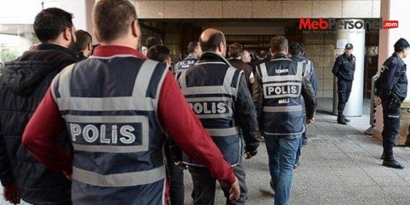 36 öğretmen gözaltına alındı