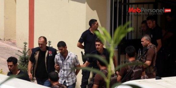 Aksaray'da adliyeye sevk edilen 28 öğretmenden 10'u tutuklandı