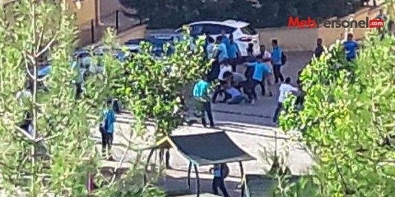Gaziantep'te lise öğrencileri birbirine girdi: 4 yaralı