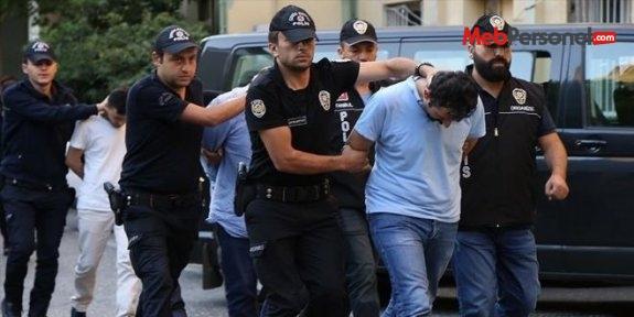 Sakarya'da gözaltına alınan 19 öğretmen adliyeye sevk edildi