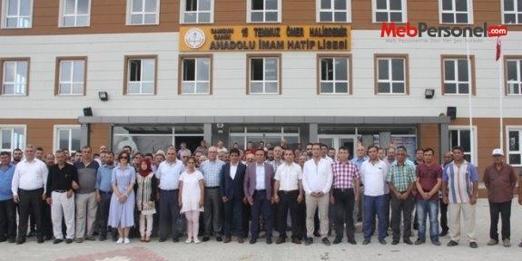 Şehit Halisdemir'in adının yaşatıldığı okulda tören düzenlendi