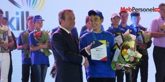 Türkiye'den Kazakistan'a eğitim desteği
