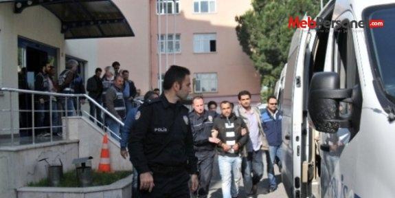 Zonguldak'ta öğretmen ve din görevlisi dahil 15 kişiye gözaltı