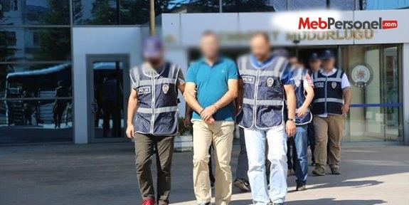 Bursa'da 8 kamu görevlisi tutuklandı