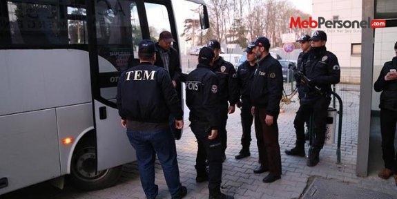 Samsun'da 5 öğretmen tutuklandı