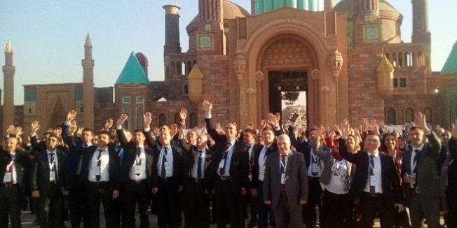 Ankara'ya gelen 300 öğretmen Ankapark'ı gezdi