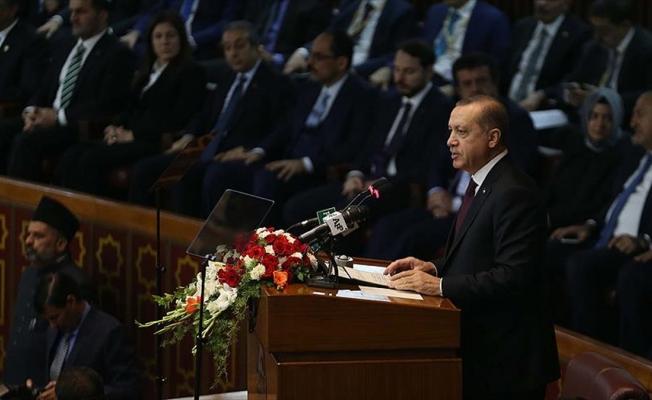 'Bu katil sürülerini İslam aleminden söküp atmalıyız'