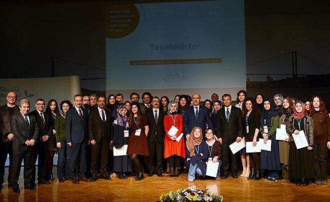 İstanbul Üniversitesinden gönüllüler ve STK'ları buluşturacak proje