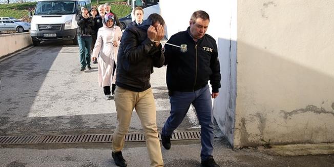 Sakarya'da ihraç edilen 6 kamu görevlisi tutuklandı