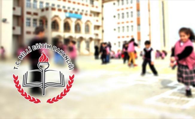 Suriyeli öğrenciler için 4 bin 200 öğretmen alımı yapılacak