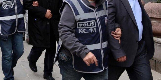 Adıyaman'da adliye personeli ile öğretmen 10 kişiden 2'si tutuklandı