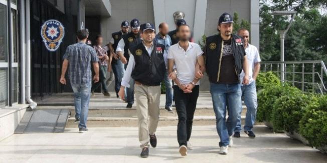Erzurum'da 3'ü üniversite öğrencisi 7 kişi gözaltına alındı