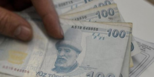 Öğrenci harç ücretleri Türk Lirası olarak ödensin